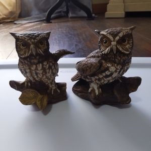 Vintage Homco Barn Owls on Logs Porcelains set 2